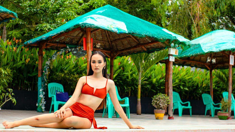 bikini rosso foto